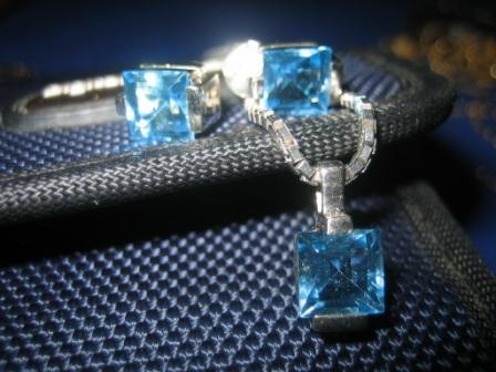 Batu Permata Aquamarine
