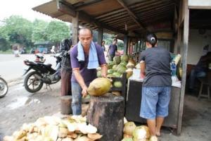 warung es kelapa