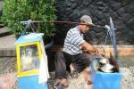 Amir Syarifudin, Pedagang Kue Ape5