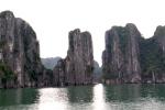 Ha Long Bay Stone Islet 3