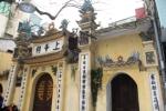 Pagoda DI Pinggir Jalan
