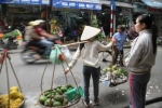 Pedagang DI Hanoi 3