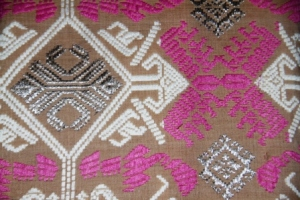 Kain Songket  Bali- benang perak katun
