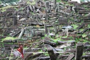 reruntuhan batu di Gunung Padang