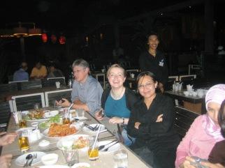 Makan malam di tepi sungai Cao Praya - 2005