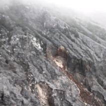 batuan di G Tangkuban Perahu 1