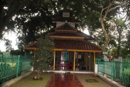 Petilasan Raden Wijaya dan tempat Gajah Mada mengucapkan Sumpah Amukti Palapa.