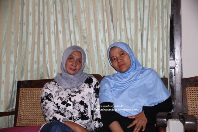 Mbak Tutut & Mbak Linda dari TULIP tas rajut